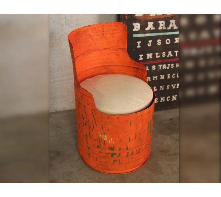 Industriële olievat fauteuil oranje